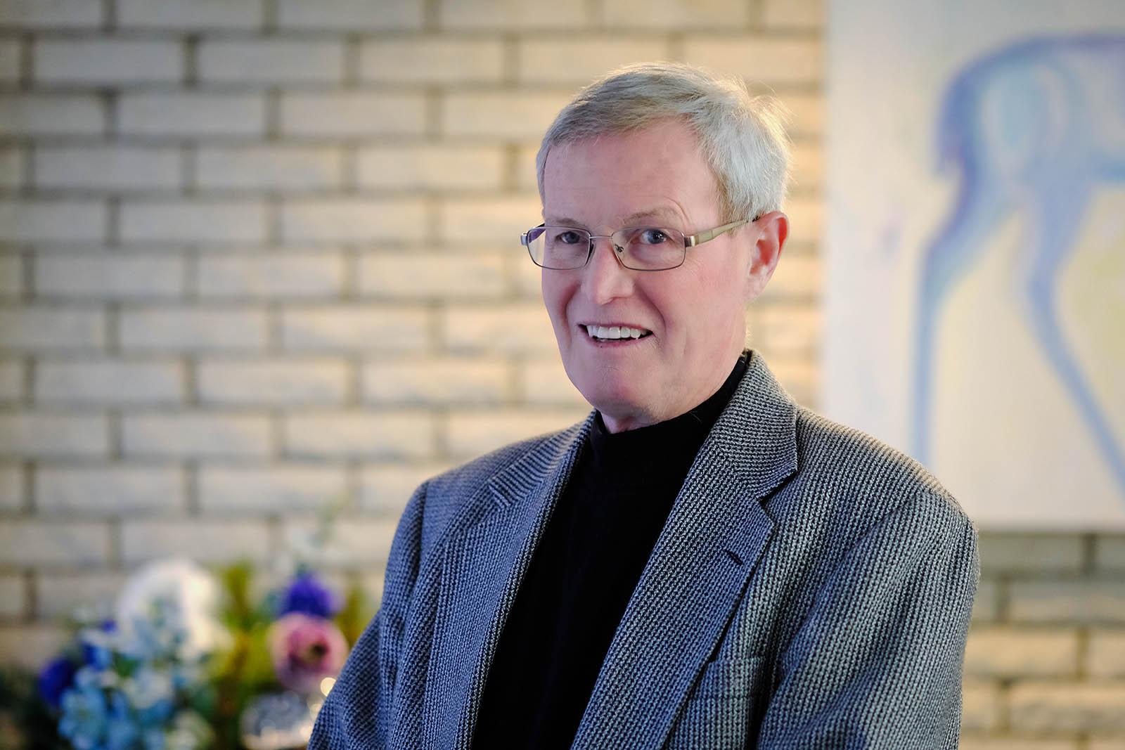 Dr. Frank Dawe